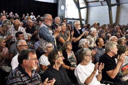 088-Hindsgavl071416 Publikum Klapper